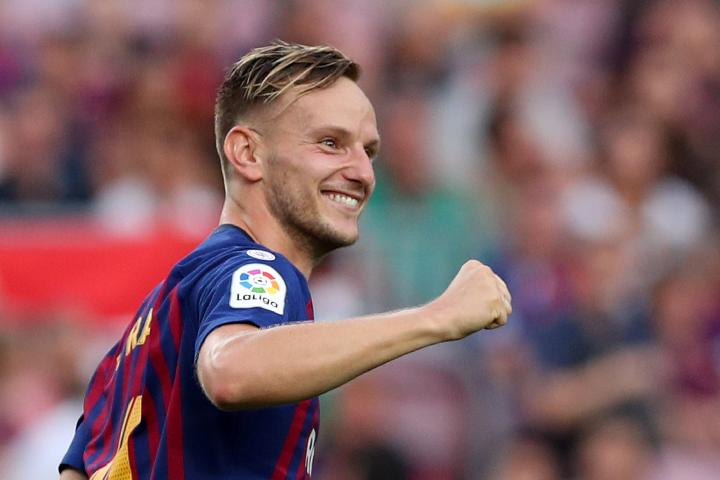Pemain Barcelona Ivan Rakitic. REUTERS/Albert Gea