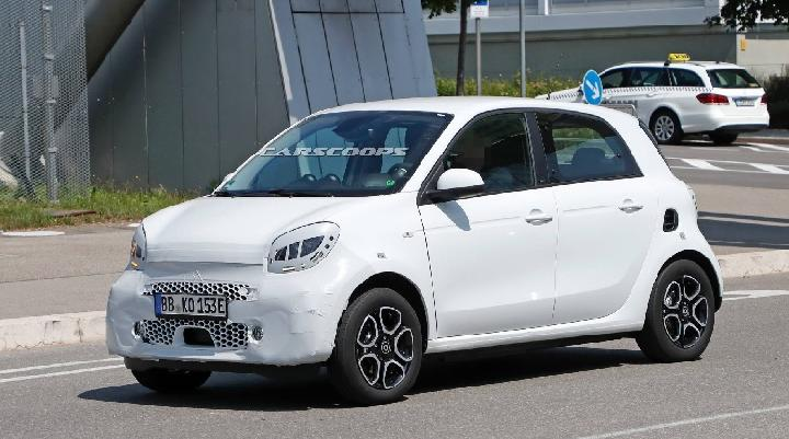 Smart ForFour. Sumber: carscoops.com