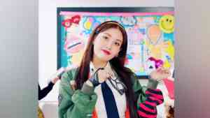 Jeon Somi. Youtube