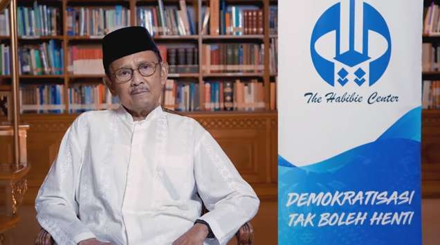 BJ Habibie Meninggal Mendunia Dikabarkan Reuters, The Straits Times, Associated Press....
