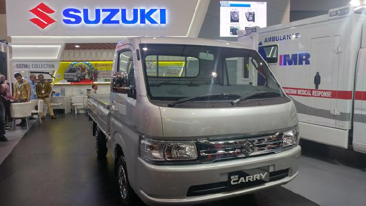 New Suzuki Carry Luxury meluncur di GIICOMVEC.