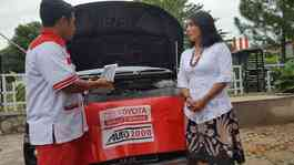 Layanan Auto2000 Home Service.