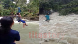 Bersama Bayi, Seorang Ibu di Buru Maluku Bertaruh Nyawa Seberangi Sungai Deras Dengan Seutas Tali